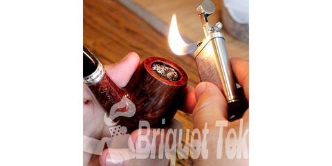 Briquet pour pipe en laiton flamme inclinée